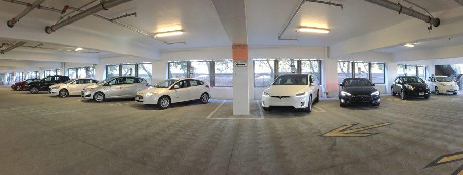 cargar-coche-electrico-garaje-e1494585056595.jpg